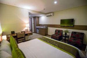 Hotel Kuretakeso Tho Nhuom 84, Hotel  Hanoi - big - 82