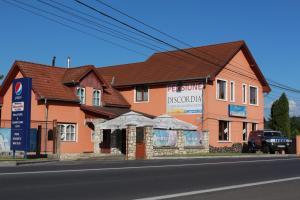Pensiunea Discordia, Vendégházak  Koronka - big - 1