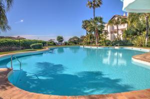 Penthouse with Sea Views, Appartamenti  Benahavís - big - 14