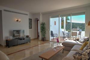 Penthouse with Sea Views, Appartamenti  Benahavís - big - 23