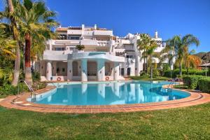 Penthouse with Sea Views, Appartamenti  Benahavís - big - 30