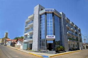 Racini Suites Hotel
