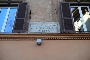 Ripa Rome Trastevere Home, Apartments  Rome - big - 31