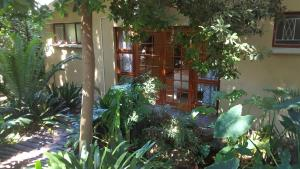 86 on Langenhoven Bed & Breakfast, Bed & Breakfasts  Oudtshoorn - big - 32