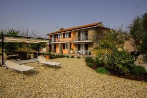 Casa Rosmarino, Дома для отпуска  Империя - big - 22