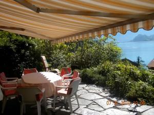 Chalet Regula, Prázdninové domy  Quinten - big - 1
