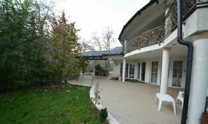 Guest House Edina Visoko, Penzióny  Visoko - big - 33