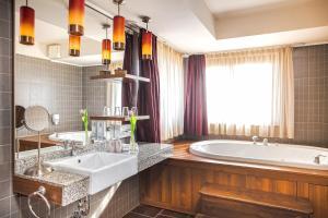 Caramell Premium Resort Superior, Hotely  Bük (Bükfürdö) - big - 3