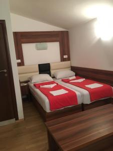 Apartments and Rooms Villa Gaga 3