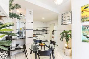 Elegant 3 bedrooms apt in the heart of Copacabana, Ferienwohnungen  Rio de Janeiro - big - 17