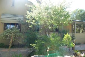 86 on Langenhoven Bed & Breakfast, Bed & Breakfasts  Oudtshoorn - big - 28