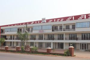 Oguaa Apartments & Lodging
