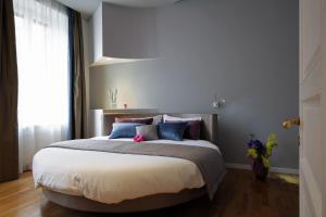 Trevi Fashion Suites, Apartments  Rome - big - 5