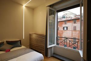 Trevi Fashion Suites, Apartments  Rome - big - 12