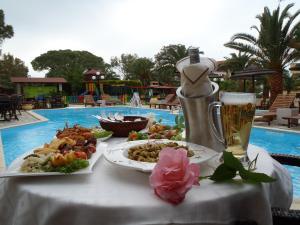 Vergos Hotel, Апарт-отели  Вурвуру - big - 136