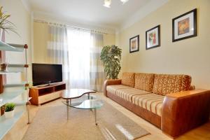 Aparton Sverdlova 24, Apartmanok  Minszk - big - 7