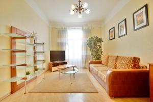 Aparton Sverdlova 24, Apartmanok  Minszk - big - 1