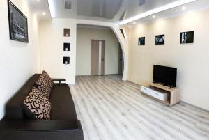 Apartment on Mykhaila Drahomanova