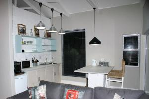 101 On Tenth, Apartments  Gonubie - big - 9