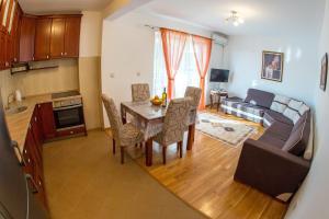 Lantana Apartments, Apartmány  Petrovac na Moru - big - 2