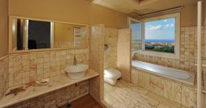 Villa Iris Luxury House, Vily  Malia - big - 15