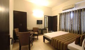 Hotel Nirvaanam, Отели  Гургаон - big - 2