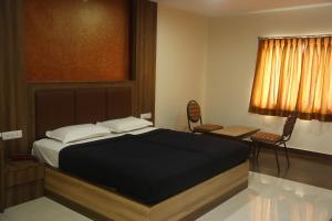 Hotel Dwaraka Paradise, Hotels  Hyderabad - big - 19