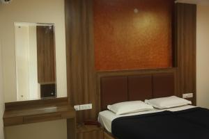 Hotel Dwaraka Paradise, Hotels  Hyderabad - big - 16
