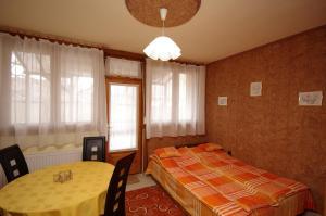 Milán Apartman-Gyula, Appartamenti  Gyula - big - 8