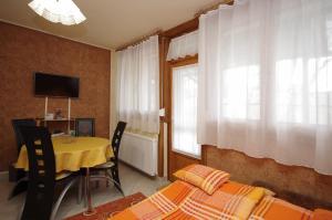 Milán Apartman-Gyula, Appartamenti  Gyula - big - 7