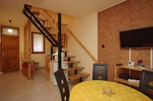 Milán Apartman-Gyula, Appartamenti  Gyula - big - 5