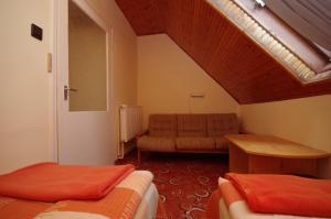 Milán Apartman-Gyula, Appartamenti  Gyula - big - 16