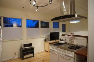 Downtown Digs - Two Bedroom Holiday Home
