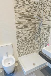 4Bros Wonderful Apartment 14, Ferienwohnungen  Rom - big - 16