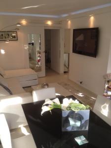 Appartement Lumineux À Deauville, Apartments  Deauville - big - 1