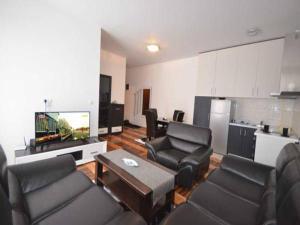 Peki Apartment