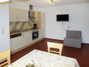 Appartement Huber 402W, Apartments  Hainzenberg - big - 2
