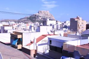 Sunny Apartment, Apartmanok  Alicante - big - 4