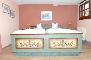 Hotel Sarbacher, Hotels  Gernsbach - big - 14