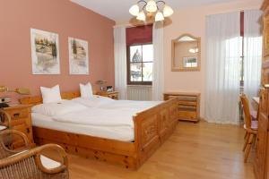 Hotel Sarbacher, Hotels  Gernsbach - big - 1