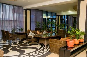 Отель Nomad Palace - фото 2