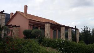 Elia Cottage