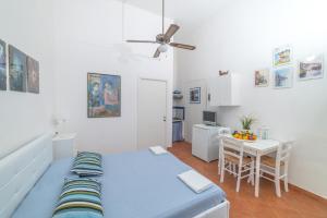 Aeolian Salina Apartments, Appartamenti  Malfa - big - 32