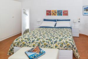 Aeolian Salina Apartments, Apartmány  Malfa - big - 20