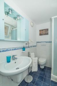 Aeolian Salina Apartments, Apartmány  Malfa - big - 24