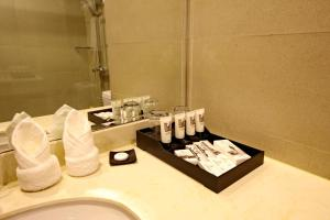 Linzhen Hotel, Hotely  Šanghaj - big - 5