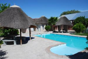 Ongwediva Town Lodge, Лоджи  Ongwediva - big - 17