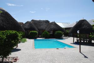 Ongwediva Town Lodge, Лоджи  Ongwediva - big - 11