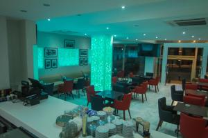 Hotel Kenzo, Отели  Сафи - big - 24