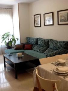 Classic Apartment Iglesias, Apartmány  Alicante - big - 2